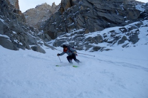 Tim getting stuck in to the couloir