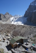 Hut on 1st acclimatisation hike