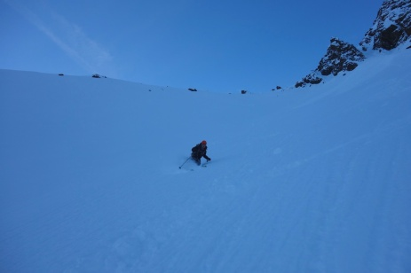 8am turns from the hut