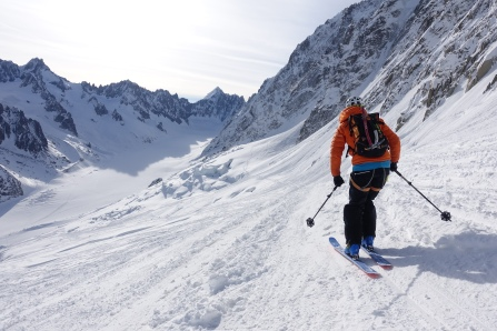 Starting the high traverse to the line